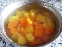 薑汁地瓜湯料理食譜-雙色薑汁地瓜湯做法:薑汁地瓜湯含膠原預防血管硬化!