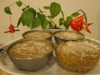 椰絲芋頭年糕食譜做法:迷你椰絲芋頭年糕做法小巧可愛,滿足減肥達人需求哦!